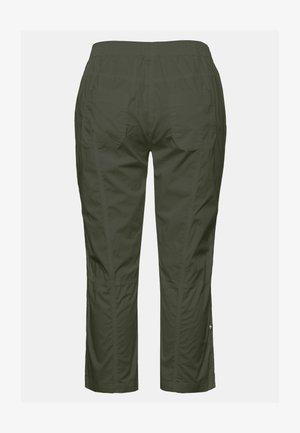 GROSSE GRÖSSEN - Trousers - khaki