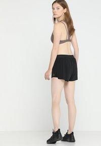 Reebok - EPIC - Sports shorts - black - 2