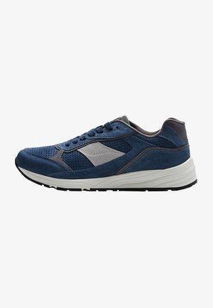 MIT EINSÄTZEN IN BLAU  - Sneakers - dark blue