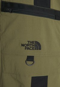 The North Face - STEEP TECH PANT UNISEX - Cargo trousers - burnt olive green/evergreen/black - 2