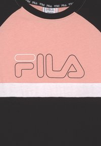 Fila - JUMA  - Žerzejové šaty - black/coral cloud/bright white - 2