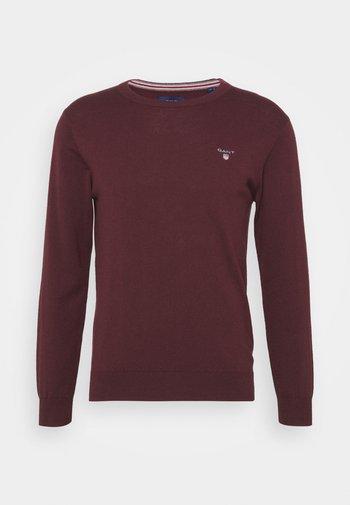 CREW - Stickad tröja - port red