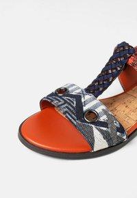 Desigual - Sandalen met enkelbandjes - blue - 6