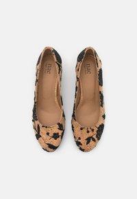 NAE Vegan Shoes - LINA VEGAN  - Czółenka - brown - 5