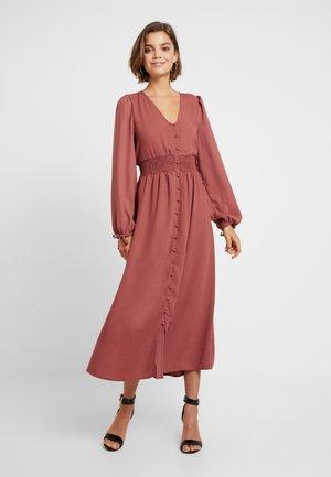 VMEDDA DRESS - Skjortekjole - mahogany
