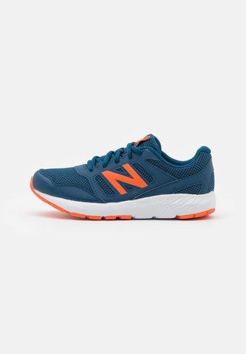 570 LACES UNISEX - Neutral running shoes - blue