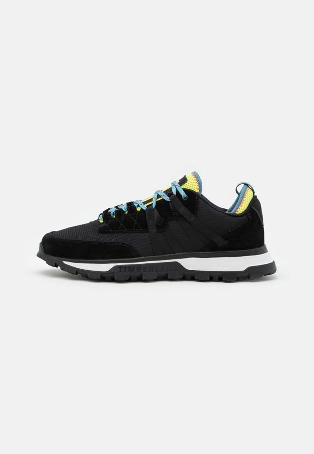 TREELINE MOUNTAIN RUNNER - Sneakers basse - black