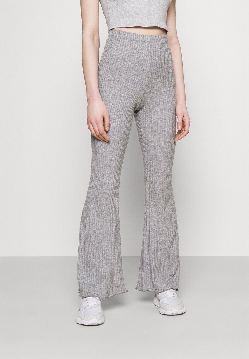 American Eagle - LOUNGE FLARE PANT - Tracksuit bottoms - gray