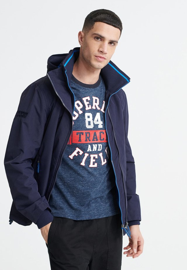 SUPERDRY TECH HOOD POP ZIP SD-WINDCHEATER JACKET - Windbreaker - downhill navy