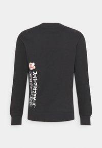 Champion Rochester - CREWNECK X NINTENDO - Sweatshirt - black - 7