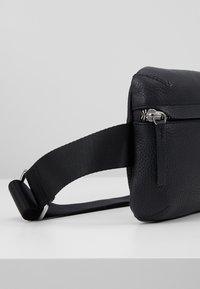 STUDIO ID - BUM BAG - Across body bag - black - 2