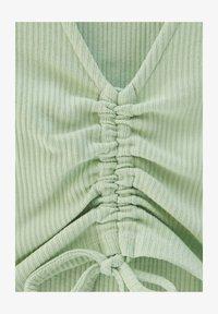 PULL&BEAR - Print T-shirt - green - 4