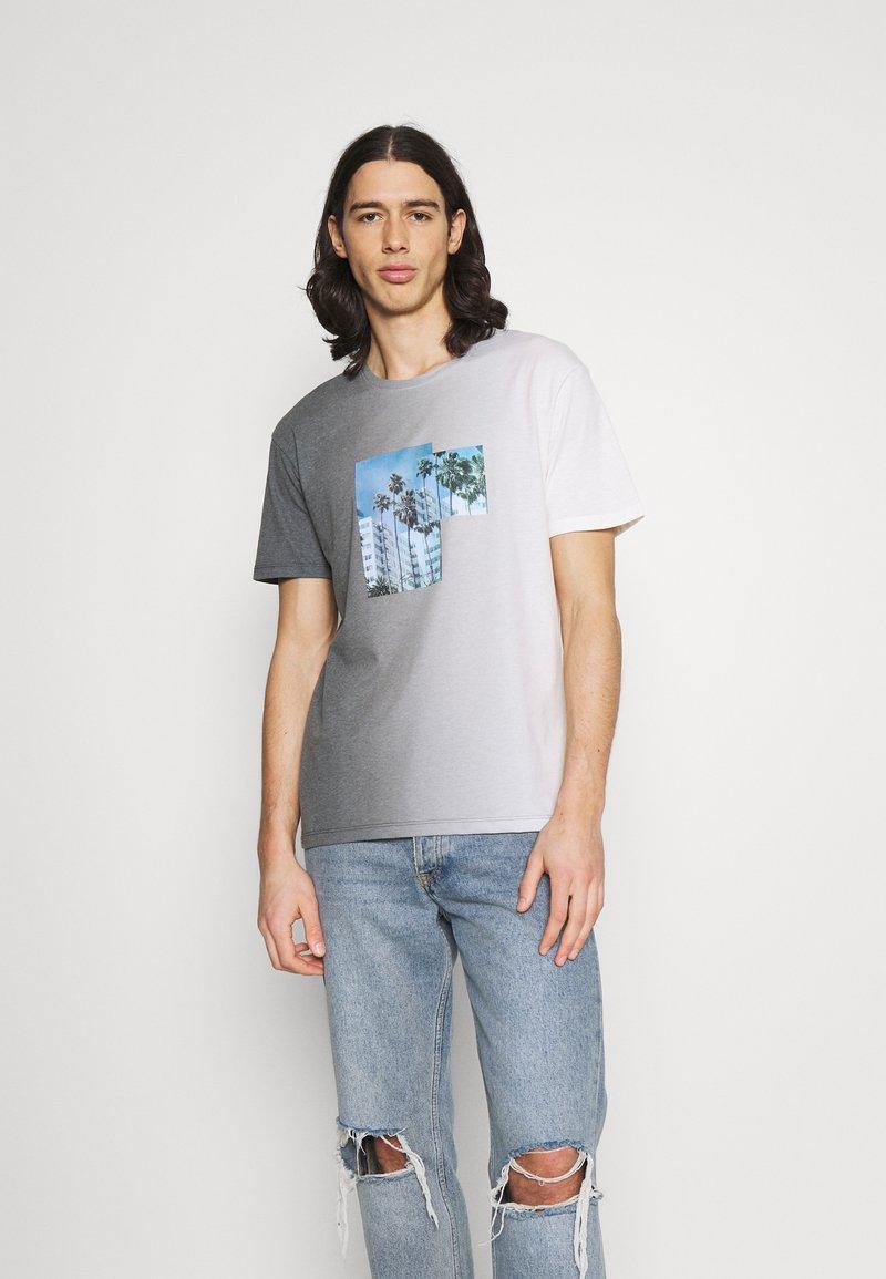 Jack & Jones - JORNEWSET TEE CREW NECK - Camiseta estampada - ombre blue
