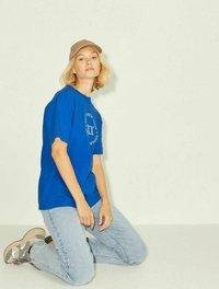 JJXX - T-shirt z nadrukiem - mottled dark blue - 3