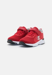 Champion - LOW CUT SHOE BOLD UNISEX - Sports shoes - red