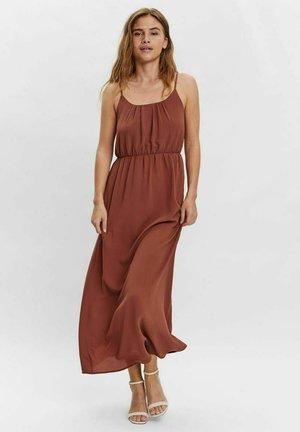 VMSASHA  - Maxi dress - mahogany