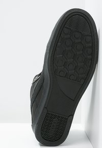 Diesel - D-STRING PLUS - Sneakers alte - black - 4
