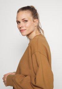 ARKET - Sweatshirt - brown - 3