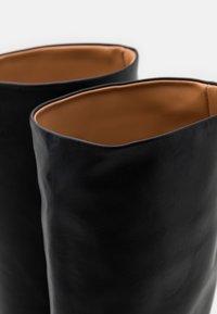 Trussardi - BOOT LISCIO - Vysoká obuv - black - 6
