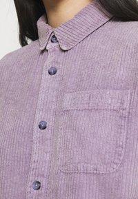 BDG Urban Outfitters - JUMBO SHACKET - Chaqueta fina - lilac - 5