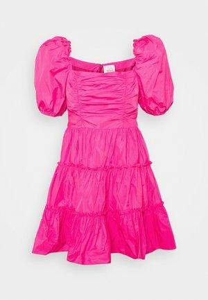 RADLEY DRESS - Korte jurk - acid pink