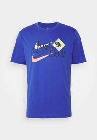 Nike Sportswear - BRAND RIFFS - Camiseta estampada - astronomy blue - 3