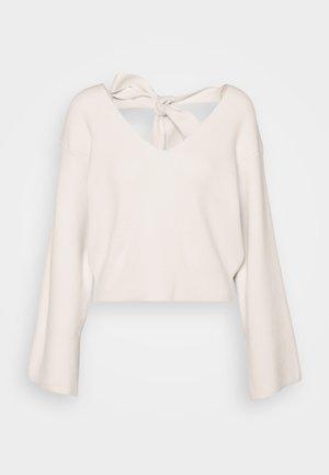 SMART BOW BACK LOUNGE  - Sweter - cream