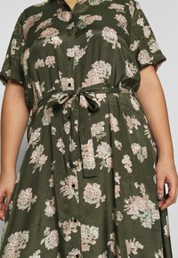 Kaffe Curve - KCILONE MAXI DRESS - Maxi dress - grape leaf - 6