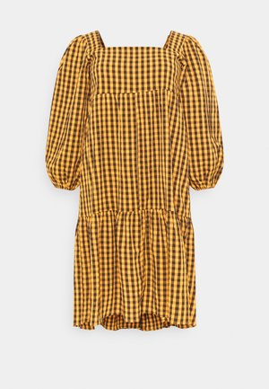 GINHAM SQUARE NECK SMOCK DRESS - Day dress - rust