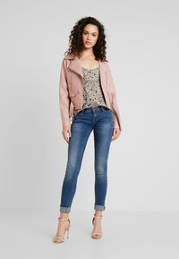 ONLY - ONLCORAL SUPERLOW - Jeans Skinny - dark blue denim - 1