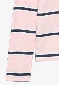 Abercrombie & Fitch - LOGO PATTERN CREW - Langærmede T-shirts - pink - 2