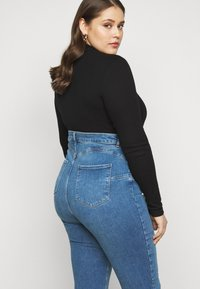 New Look Curves - Jeans Skinny Fit - mid blue - 4