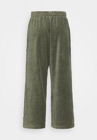 Monki - CORIE TROUSERS - Kalhoty - green - 6