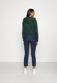 GAP - CIGARETTE RYDALE - Slim fit jeans - dark indigo - 2