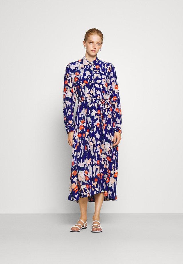 PAINTED FLORAL SHIRT DRESS - Abito a camicia - orange/multi