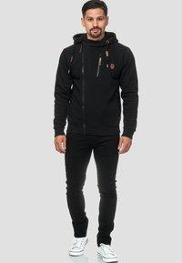 INDICODE JEANS - ELM - Zip-up hoodie - black - 1
