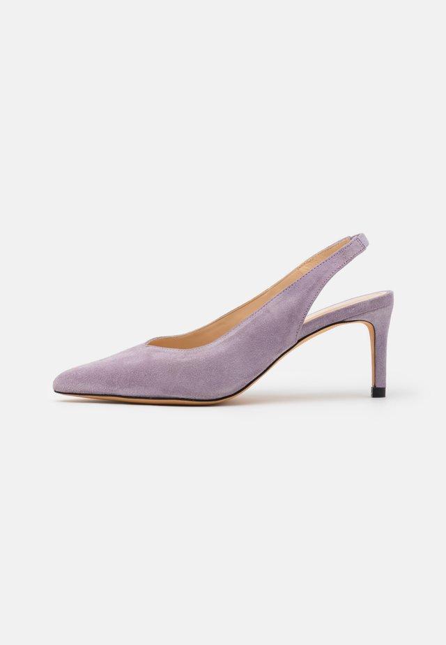 HOA - Klassieke pumps - purple