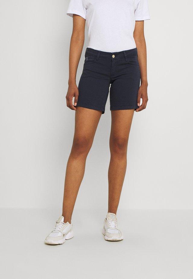 PAOLA - Shorts - atlantic