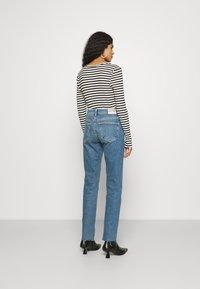 Mavi - VIOLA - Slim fit jeans - shaded blue denim - 2