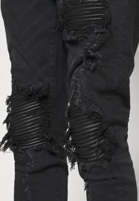 AMICCI - MILAZZO  - Jeans Tapered Fit - black - 3