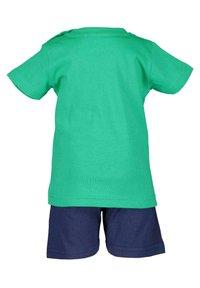 Blue Seven - BASICS - Shorts - grün - 1