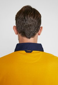 GANT - THE ORIGINAL HEAVY RUGGER - Polo shirt - ivy gold - 6