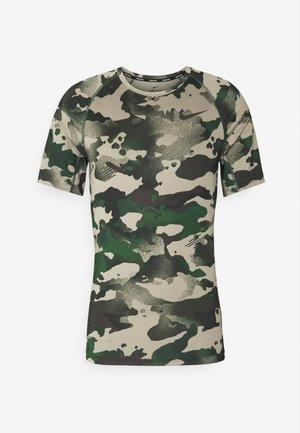 SLIM CAMO - Camiseta estampada - galactic jade/baroque brown