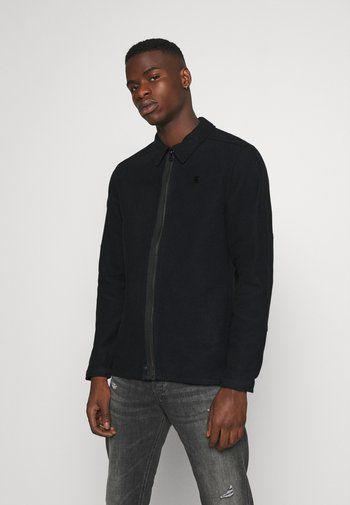 TYPE CLEAN OVERSHIRT