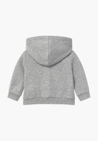 Levi's® - FULL ZIP HOODIE - Mikina na zip - light gray - 1