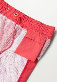 Mango - LISO - Swimming shorts - rouge - 5