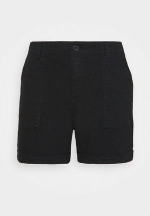 VMBARB UTILITY - Shorts - black