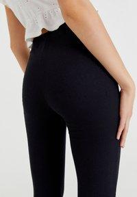 PULL&BEAR - Pantalon classique - black - 3