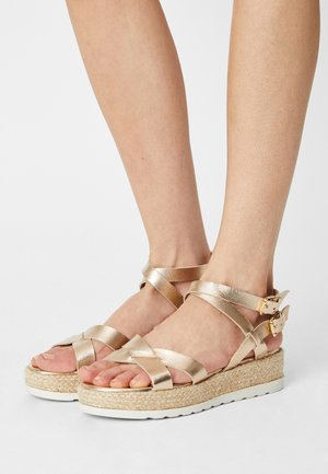 AVERNO - Sandals - or