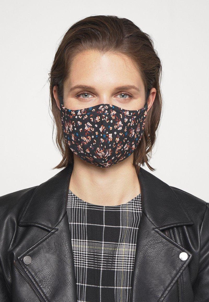Even&Odd - 3 PACK - Látková maska - multi/rose